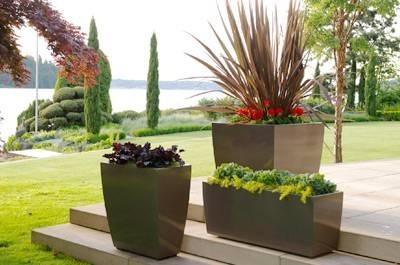 Accessori da giardino accessori da esterno for Fiori per balconi soleggiati