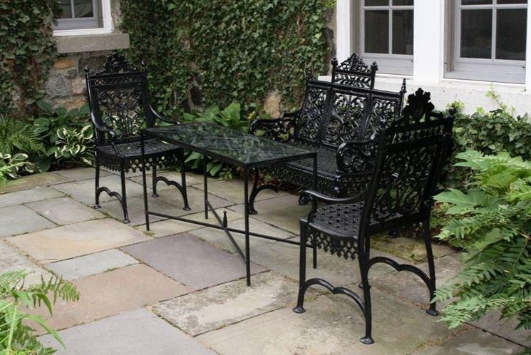 Arredo giardino ferro accessori da esterno - Set da giardino ferro battuto ...