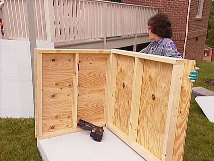 Pavimento In Gomma Per Box Cani : Come costruire una cuccia per cani accessori da esterno