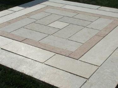 Posa di un pavimento per esterno accessori da esterno - Pavimentare terrazzo esterno ...
