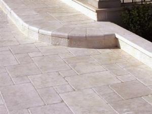 Posa di un pavimento per esterno accessori da esterno posa di un pavimento per esterno - Posa piastrelle pavimento ...