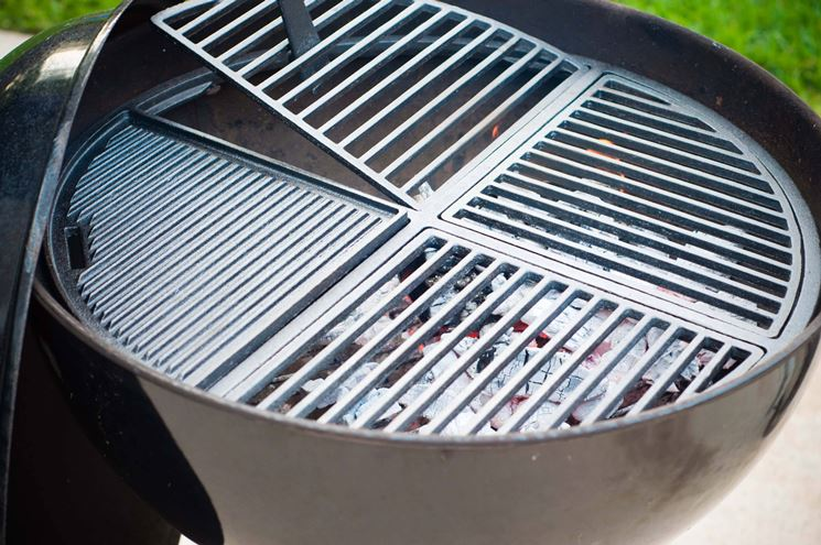 Particolare tipologia di barbecue in ferro.