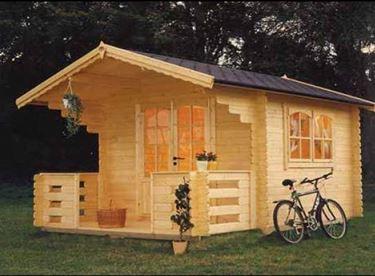 Casette in legno da giardino