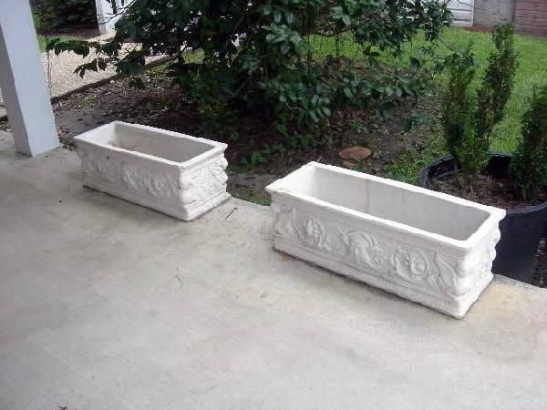 Fioriera fioriere for Arredo giardino in cemento