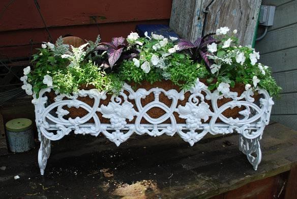 Fioriere in ferro fioriere fioriere in ferro vantaggi for Arredo giardino in ferro