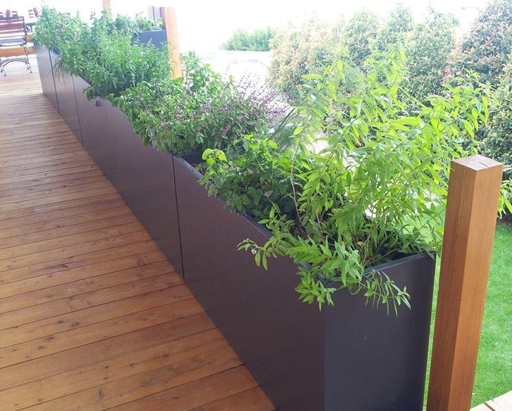 Fioriere per terrazzi - Fioriere - Tipologie di fioriere per terrazzo