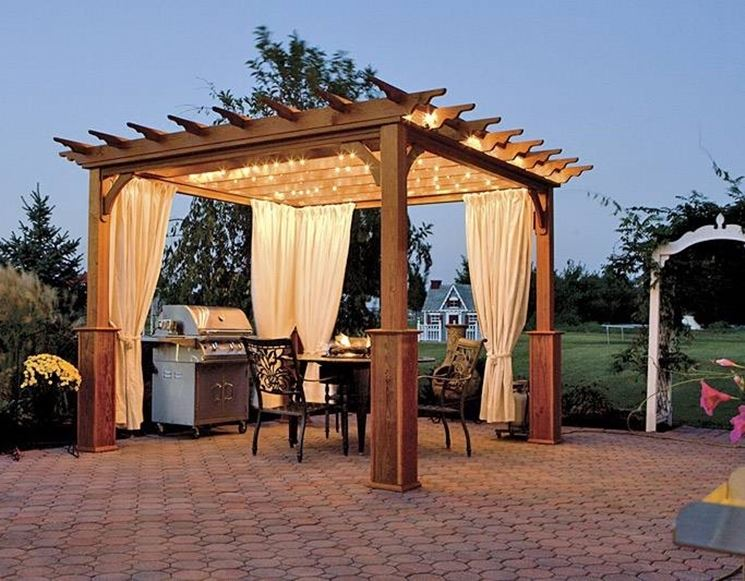 Beautiful Gazebo In Legno Per Terrazzo Images - Design Trends 2017 ...