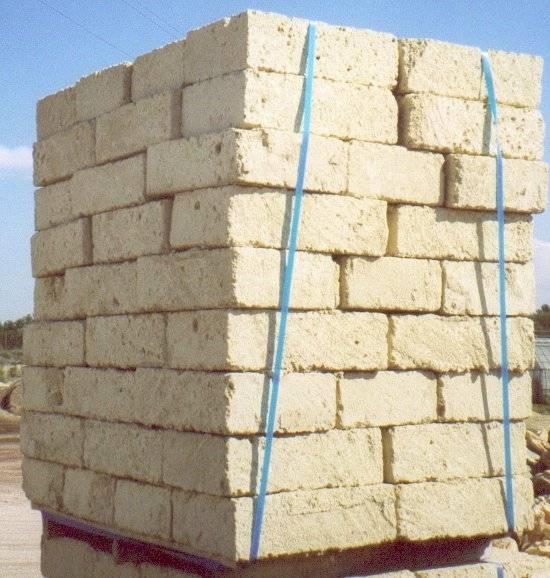 blocchi di tufo giardinaggio blocchi di tufo