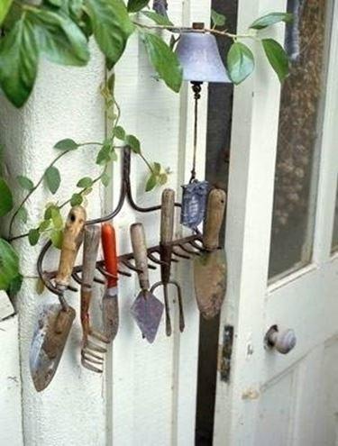 porta attrezzi ferro battuto