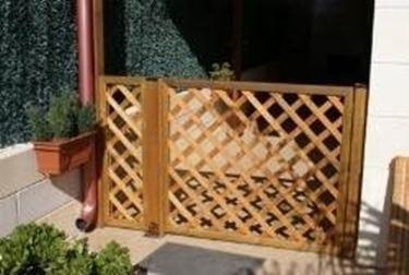 Divisori per giardini grigliati e frangivento - Pannelli divisori giardino ...