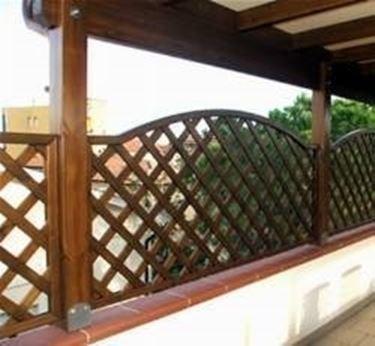 Tende per terrazzi tutte le offerte cascare a fagiolo for Grate in legno per balconi