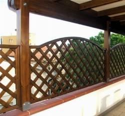 Griglie per terrazzi grigliati e frangivento gliglie for Grate in legno per balconi