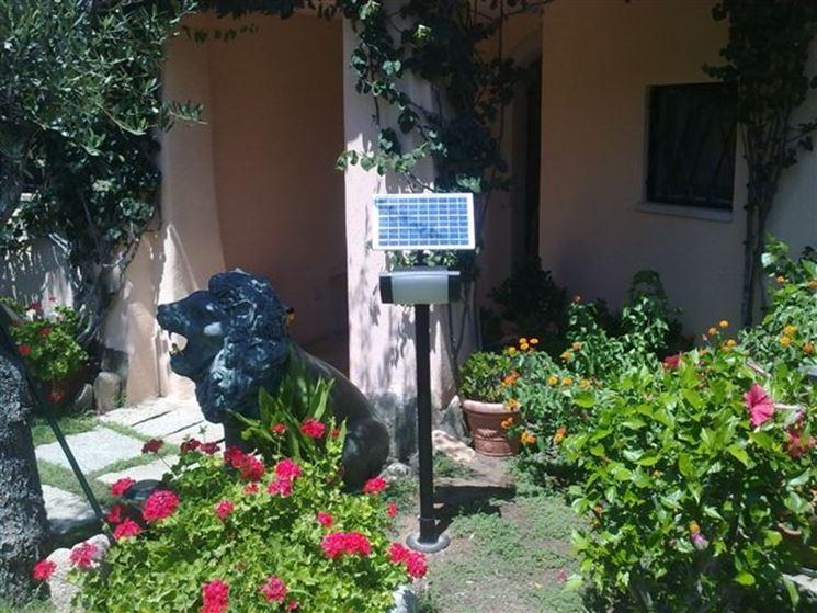 Sensore crepuscolare illuminazione giardino - Portalampada con sensore crepuscolare ...