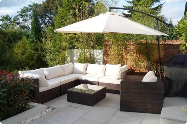 Arredamenti giardino mobili da giardino for Arredamenti esterni per terrazzi