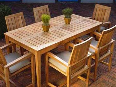 arredamento per esterno legno