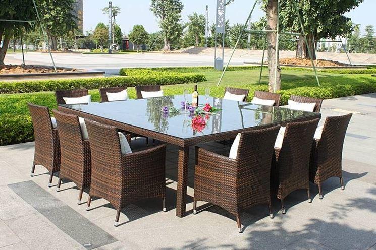 tavoli e sedie giardino