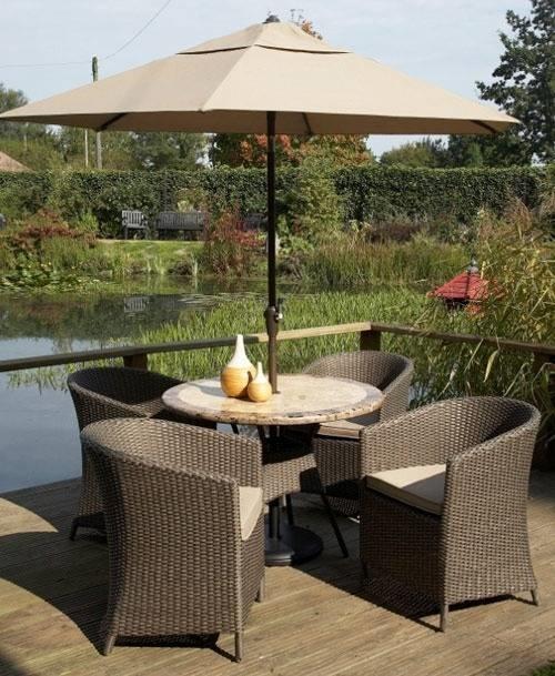 Arredo giardino rattan mobili da giardino for Arredare i giardini