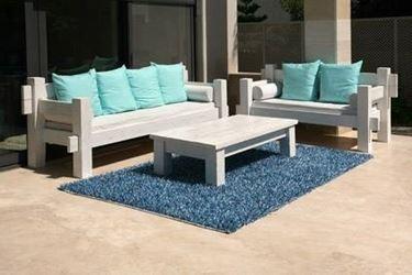 Divani da giardino mobili da giardino for Vasi resina economici