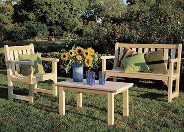 mobili giaridno legno
