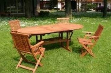 Mobili per il giardino in legno mobili da giardino - Mobili in legno da esterno ...