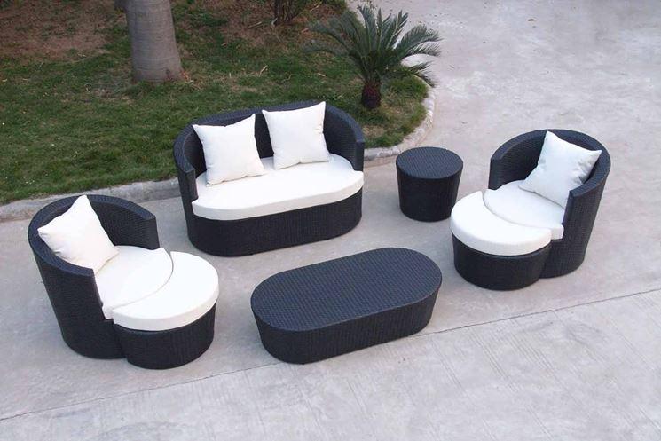 Poltrone da giardino mobili da giardino for Volantino mobili da giardino