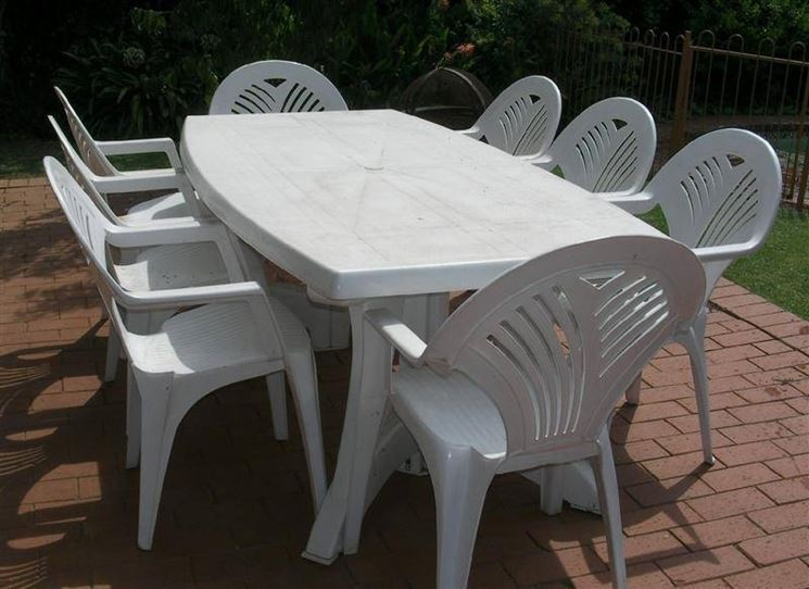 Tavoli da giardino plastica mobili da giardino - Tavolo plastica esterno ...