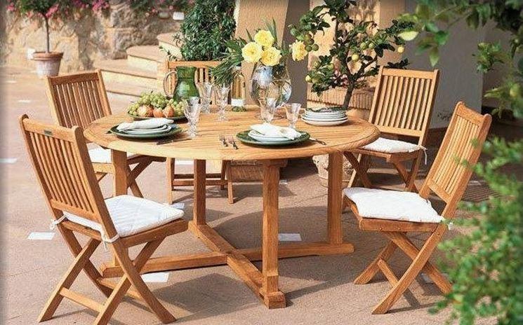 tavolo giardino in legno