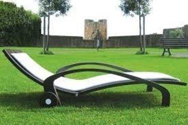Lettini da giardino mobili da giardino lettini da for Complementi da giardino