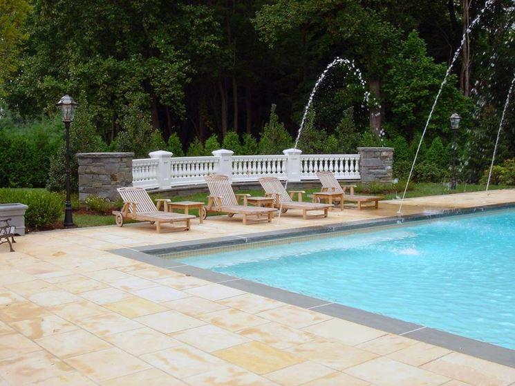 Mattonelle per piscine pavimenti per esterni mattonelle per piscine arredo giardino - Piscine per giardino ...
