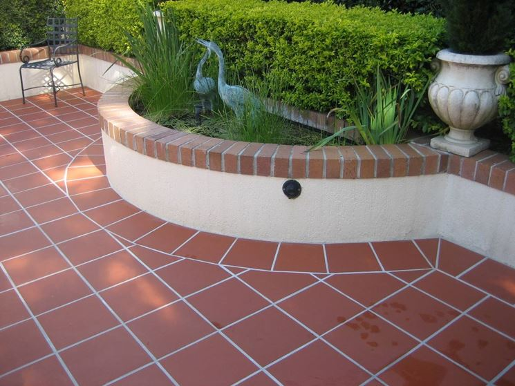 Pavimenti esterno pavimenti per esterni for Exterior floor tiles design kerala
