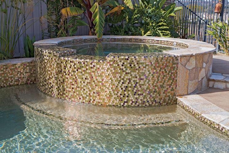Piscina con fontana