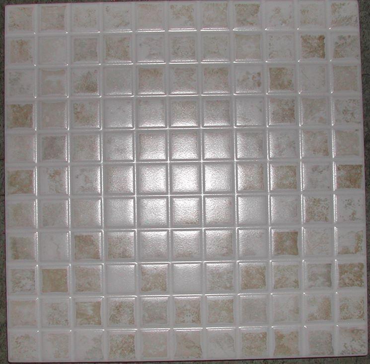 Rivestimenti per piastrelle pavimenti per esterni come rivestire il pavimento con le - Mosaico per cucina ...
