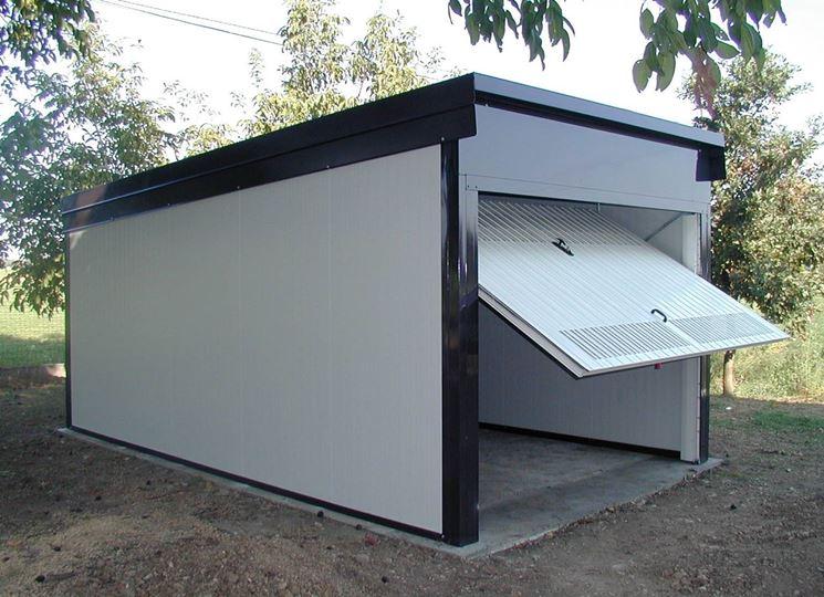 Box auto prefabbricati pergole tettoie giardino box for Costo per costruire un garage per due auto