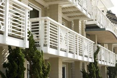 Coperture per balconi pergole tettoie giardino - Arredo terrazzi e balconi ...