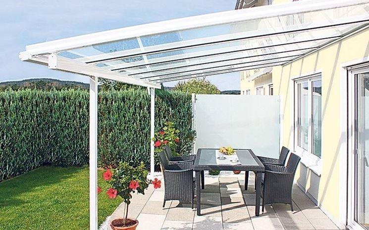 Coperture per verande pergole tettoie giardino for Pianta esterna