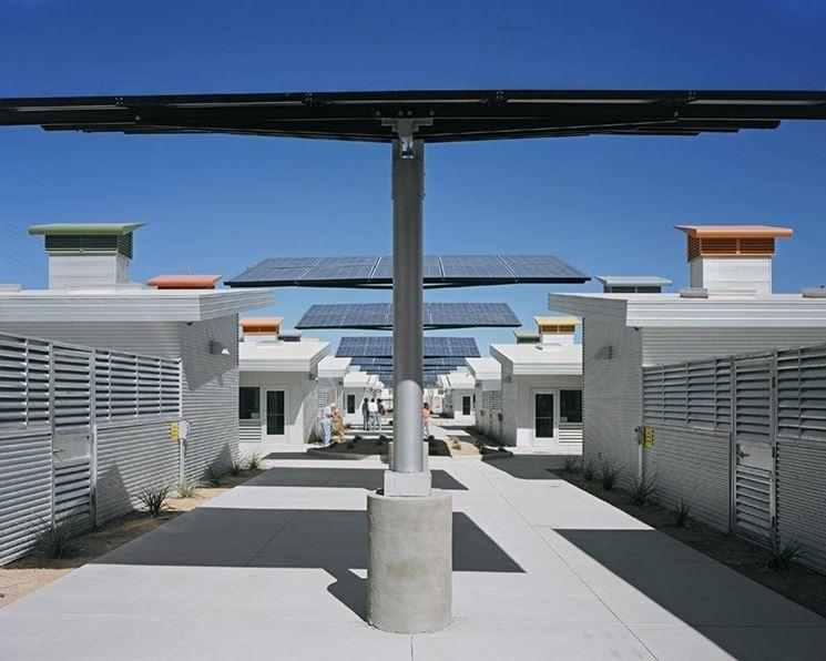 Le pensiline fotovoltaiche non necessitano di opere murarie