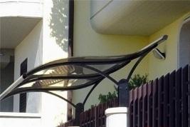 Pensiline giardino pergole tettoie giardino pensiline for Pensiline in policarbonato amazon