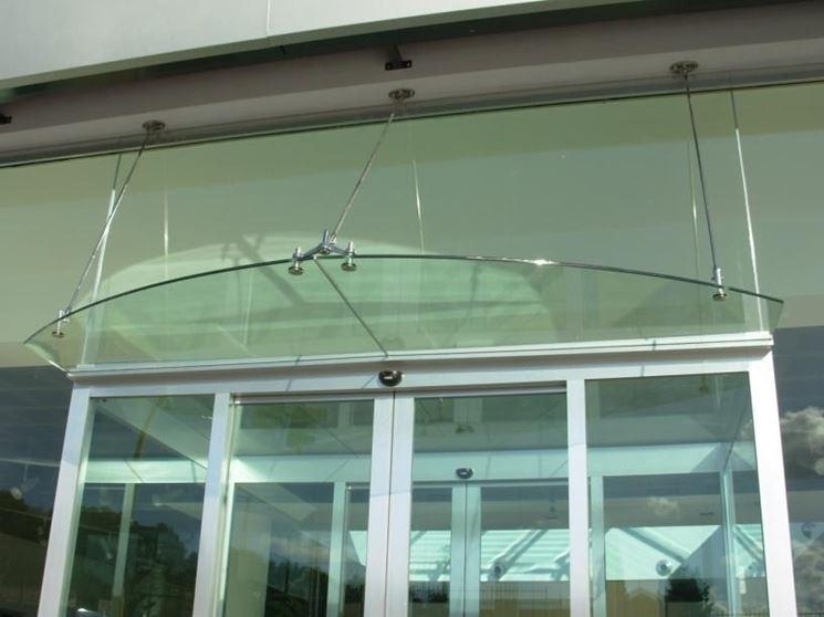 facciata in vetro strutturale