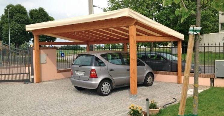 Tettoie in legno pergole tettoie giardino le migliori for Costo per costruire un garage per auto