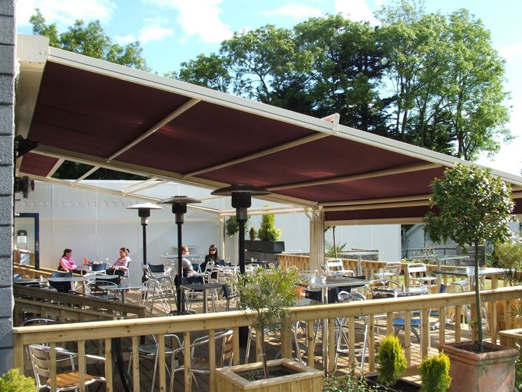Tettoie per terrazzi pergole tettoie giardino tettoie for Terrazzi arredamento da esterni