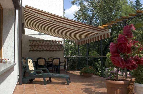 Tettoie per balconi giardino