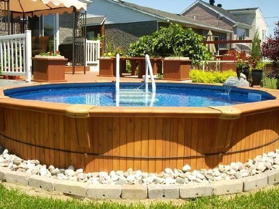 Piscine fuori terra piscine realizzazione di piscine fuori terra - Giardino con piscina fuori terra ...
