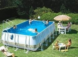Piscine fuori terra piscine realizzazione di piscine for Piscina fuori terra 400x200x100