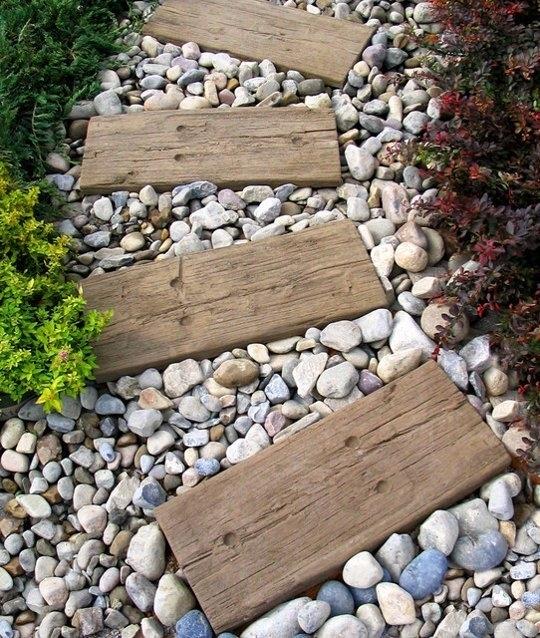 5 idee per il vialetto del tuo giardino progettazione - Idee giardino in pendenza ...