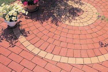 pavimentazione giardino con mattoni