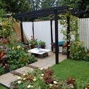 come creare un piccolo giardino - giardino fai da te - Decorare Un Giardino Piccolo