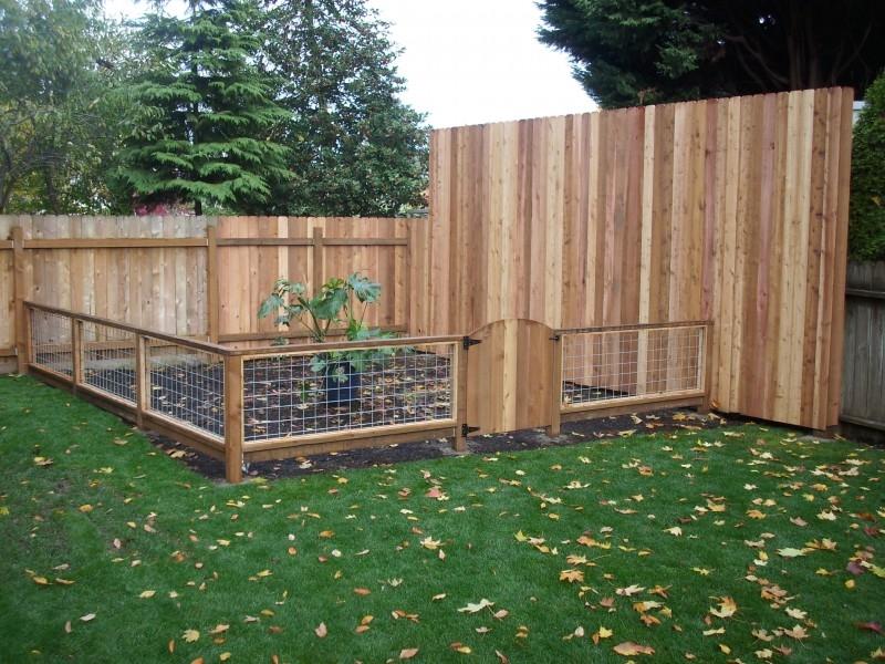Costruire un recinto recinzioni come costruire un recinto for Arco per rampicanti fai da te
