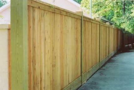 Recinzioni in legno recinzioni - Recinzioni privacy giardino ...