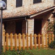 recinzioni in legno per giardino