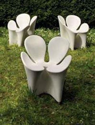 Sedie da giardino in plastica tavoli e sedie for Sedie particolari